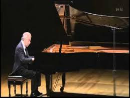 Schiff plays <b>Bach</b> - <b>Italian Concerto</b>, BWV 971 - YouTube