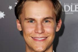 What is the height of Rhys Wakefield?