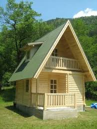 tiny wood houses   Build Small Wood House Building Small Houses By    tiny and cute