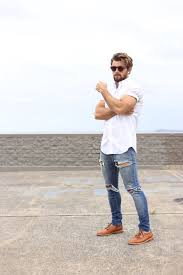 20 <b>Stylish Ripped Jeans</b> Spring Outfits For <b>Men</b> - Styleoholic