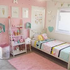 girl room decorations pink white