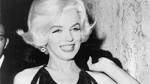 Marilyn Monroe - Happy Birthday, Mr. President - Biography.com