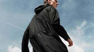 <b>Cyclist Raincoat</b>, your urban lifestyle essential. by senscommon ...