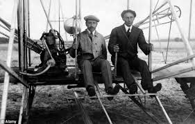 「1903, Wilbur Wright brothers first success in the flight」の画像検索結果