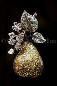 MASTERPIECE 2012   Floral jewellery, Fruit jewelry, Gemstone art