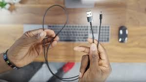 Где купить оригинальный чёрный <b>кабель Apple Lightning</b> ...