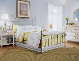 chic bedroom decorating ideas idea multidao country cottage style bedrooms throughout country chic bedroom