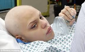 'Glaringly obvious': Dr Ann Coxon says the NHS should have spotted Jade Goody had cervical cancer. 'There should have been alarm bells ringing,' she told ... - article-1259378-03B827DC000005DC-290_468x286