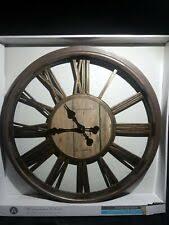 Другие производители коричневые пластиковые настенные <b>часы</b>