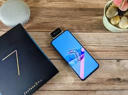 <b>ASUS ZenFone 7 Pro</b> Review - A Flipping Fantastic Flagship