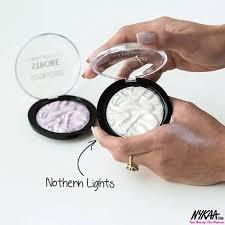 Nykaa - <b>Makeup Revolution Strobe</b> Highlighter   Facebook