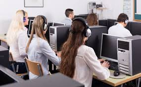 rewarding back office personnel a call center s invisible so often the people working in a contact center s back office the people who perform clerical duties fulfill orders approve refunds and many other tasks