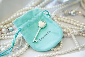 Breakfastat Tiffany party favors, Tiffany jewellery, charm,