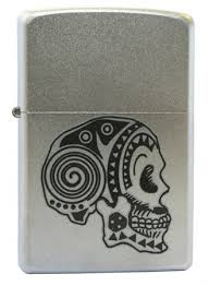 <b>Зажигалка Zippo Tattoo Skull 205</b> на ZIPPO-RUSSIA.RU