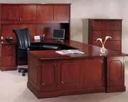 picture resolution big office desks