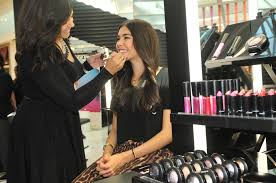 makeup artist hair stylist london henna courses middot there are also s ociates ready to help you as soon as you walk in which middot mac