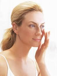 Carolina Cobo Jiménez | Secretos de Cosmética - Consejos para realzar la belleza de tu piel - contorno