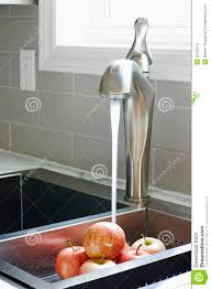 kitchen sink faucets keyword