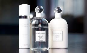 <b>Guerlain</b> представляет линию средств для <b>тела</b> Les délices de Bain