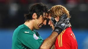 Liga Europa Liga Italia Liga Spanyol  - Spanyol-Italia, benarkah tim matador tidak terkalahkan?