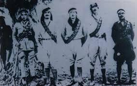 الجيش العراقي منذ تأسيسه بالتأريخ والصور. Images?q=tbn:ANd9GcRefd-OlJAfozA2Z4yLS54IdEI9h8mPuB2D0FtLm6EV-cWfFOka