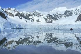 صور انعكاس الماء على المناظر images?q=tbn:ANd9GcR