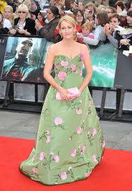 style it r age r age j k rowling at the hp7 premiere in new york