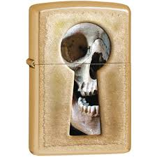 <b>Зажигалка Zippo Keyhole</b> Skull, покрытие Gold Dust, матовая, 28540