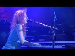 <b>Tori Amos</b> — <b>Little</b> Earthquakes (Live At Montreux 1992) - YouTube