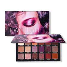 UCANBE <b>18 Color Eyeshadow Palette</b>, Highly Pigmented 8 <b>Matte</b>
