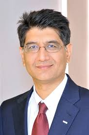 <b>Amer Ahmed</b>, CEO der Allianz Re - amer-ahmed_291x438