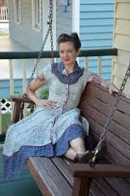 vintage sewing vintage lovin gal blue calico dress vintage blue moon antique mall pensacola