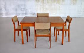 minimalist rectangle wooden dining table design