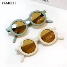 Classic <b>Round</b> Sunglasses - The Little Conscience co