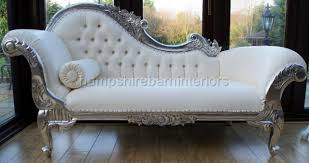 1000 images about fainting couchessofas on pinterest fainting couch chaise lounges and chaise longue chaise lounge indoor uk