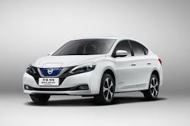 Nissan Leaf перерос в новый Sylphy <b>Zero</b> Emission