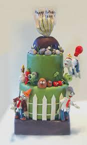 Plants vs. <b>Zombies</b> Birthday <b>Cake</b>