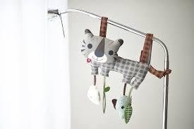 Bunny Hill - Выбирать первые игрушки для малыша - занятие ...
