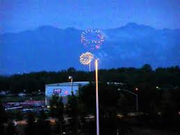 Fourth of July Fireworks in Anchorage, Alaska - YouTube