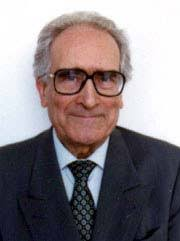 Alfonso López Quintás es doctor en Filosofía, catedrático de Filosofía en la Facultad de Filosofía de la Universidad Complutense (Madrid) y miembro de ... - A90-7