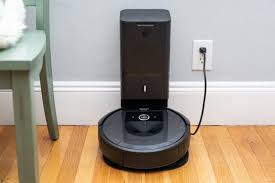 <b>iRobot Roomba</b> i7+ Review | Reviews by Wirecutter