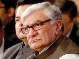 ISLAMABAD: Awami National Party (ANP) chief Asfandyar Wali Khan has warned political forces to avoid polarisation in order to steer the country out of its ... - 710443-AsfandyarWaliKhan-1400515157-352-640x480
