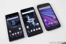 OnePlus X vs Xperia Z5 Compact vs Moto G