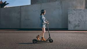 <b>Mi Electric Scooter Pro</b>