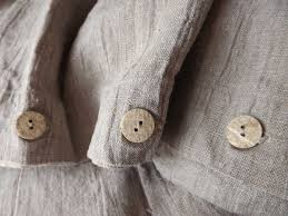 Loving button buttons – aspirations of the not rich