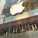 iPhone 8, 8 Plus Draw Fewer Apple Fans as Many Hold Out for X