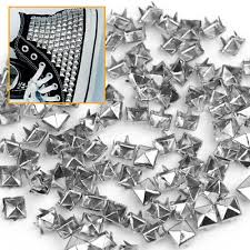 <b>100X</b> Silver 6mm <b>Pyramid</b> Studs Spots <b>Punk Rock</b> Nailheads Spikes ...