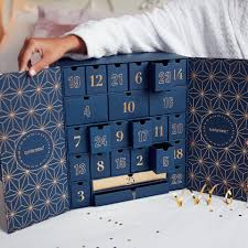 lookfantastic Advent Calendar <b>2019</b> (Worth Over £420) | Free <b>Shipping</b>