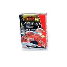 игрушка набор <b>realtoy</b> box <b>пожарная станция</b>, в компл. 1 машина ...