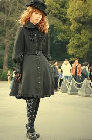 Lolita <b>fashion</b> - Wikipedia